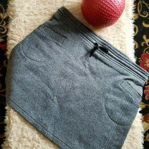 Kavu Gray fleece lined Skirt Women's Medium